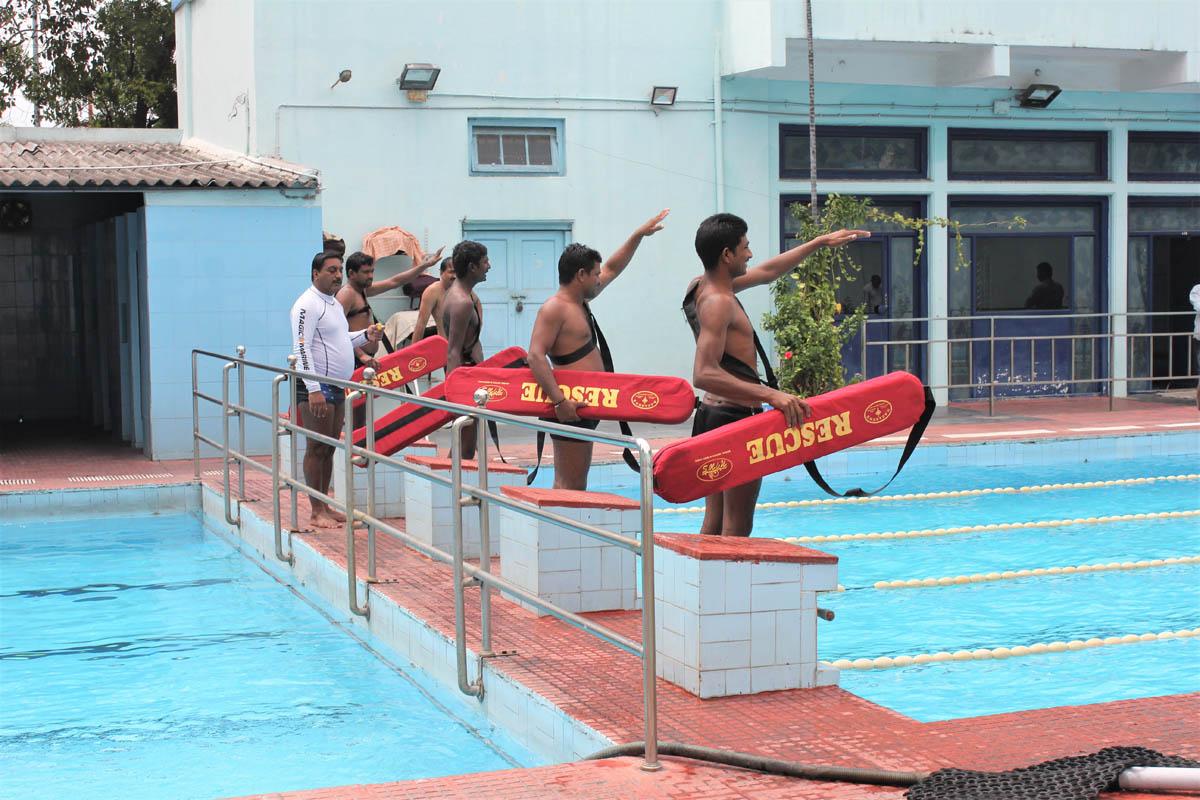 Life Saving Techniques  – Pool Lifeguard